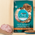 purina one true instinct cat food
